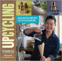 Bookcover Upcycling by Danny Seo