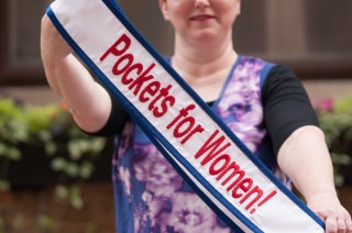 Pockets for Women! Photo Series with Elaine Luther and Dulce Rodriguez
